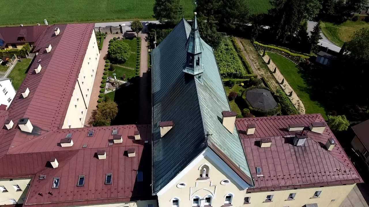 Darowizna na remont dachu Klasztoru